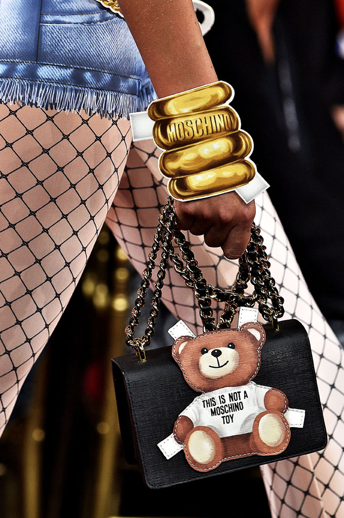 Moschino Milan RTW Spring Summer 2017 September 2016