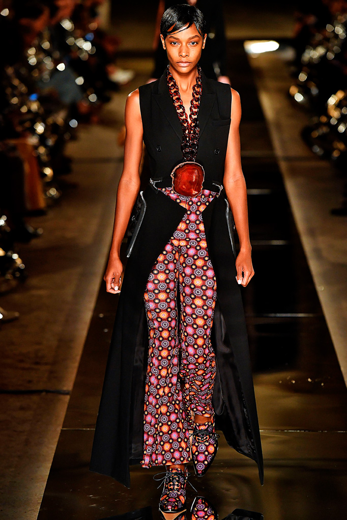 Givenchy Paris RTW  Spring Summer 2017 October 2016