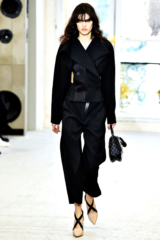 Louis Vuitton Paris RTW  Spring Summer 2017 October 2016