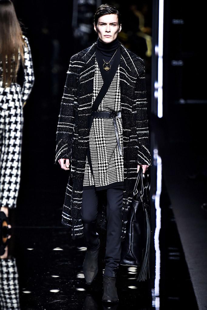 Balmain Paris Menswear Fall Winter 2017 - January 2017