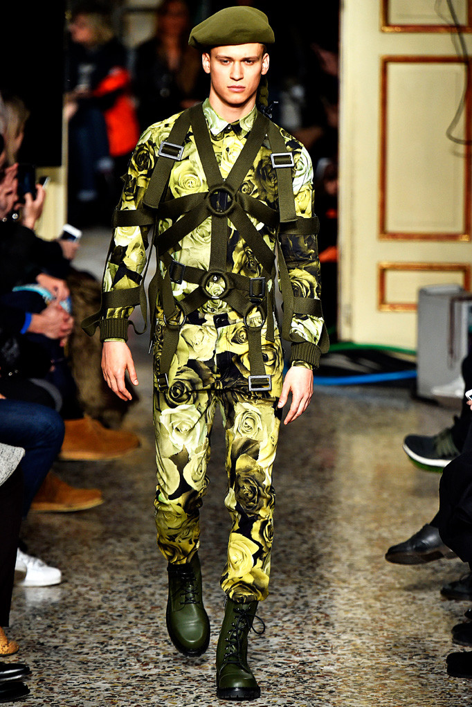 Moschino Milan Menswear Fall Winter 2017 January 2017