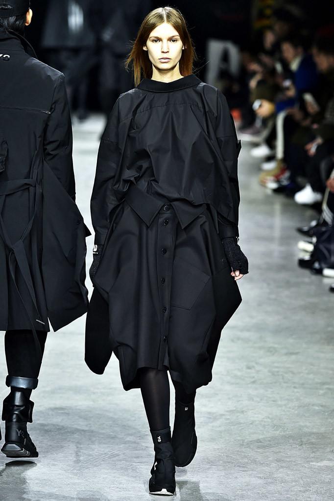 Y3 Paris Menswear Fall Winter 2017 - January 2017
