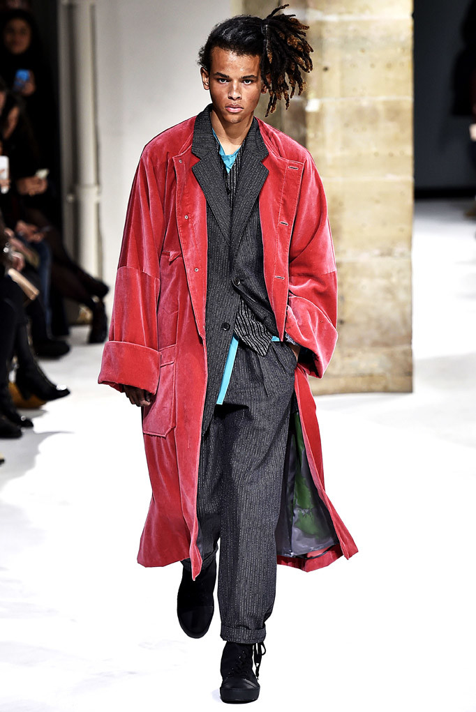 Yohji Yamamoto Paris Menswear Fall Winter 2017 - January 2017