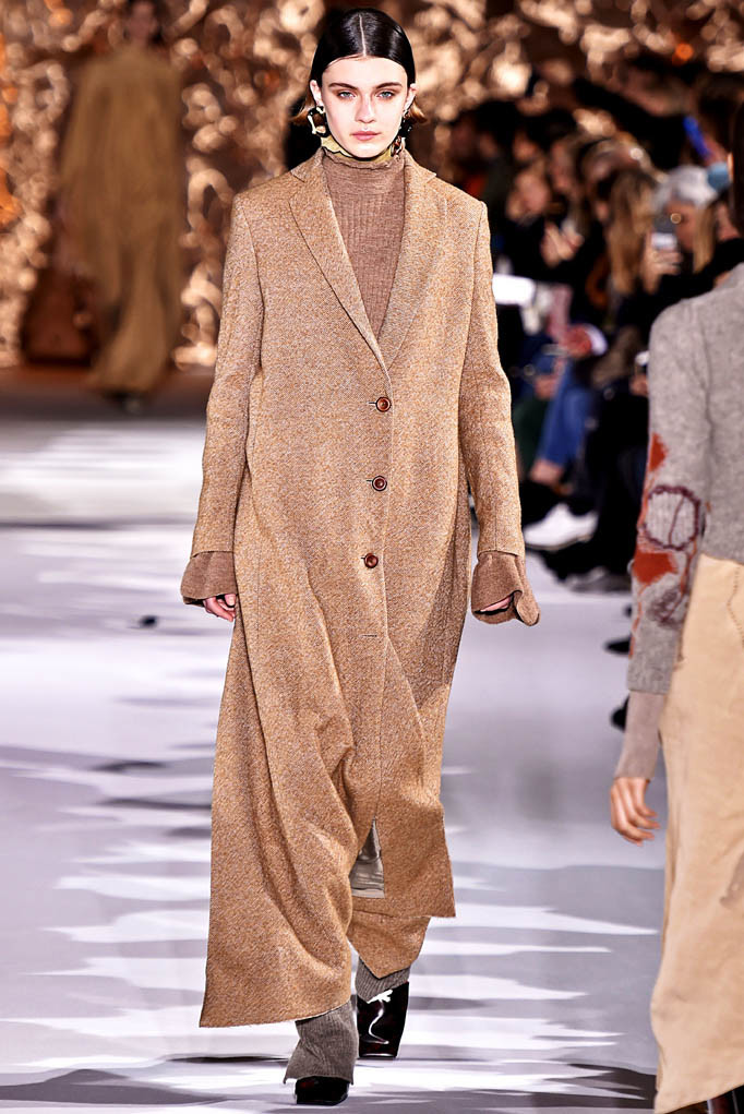 Acne Studios Paris Womenswear Fall Winter 2017 Paris March 2017