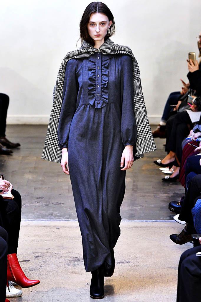 APC Paris Womenswear Fall Winter 2017 Paris March 2017