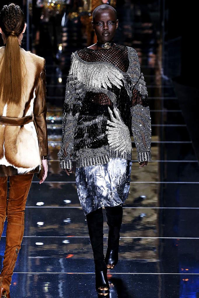 Balmain Paris Womenswear Fall Winter 2017  Paris March 2017