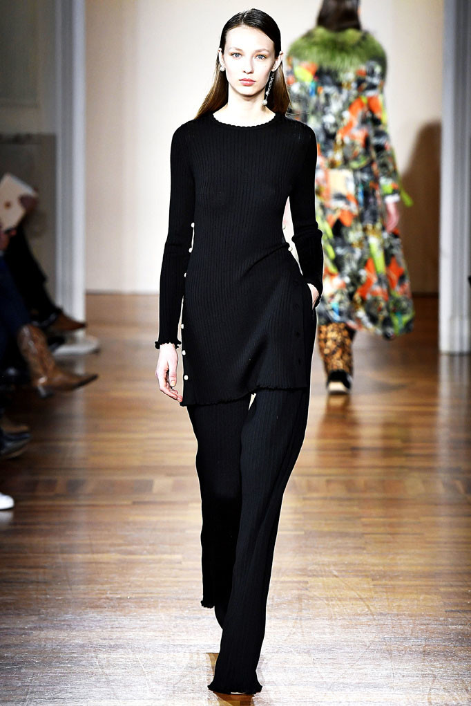 Blugirl Milan Womenswear Fall Winter 2017 Milan February 2017