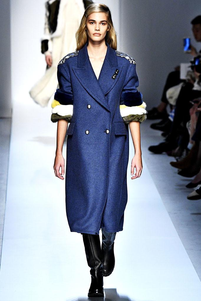 Ermanno Scervino Milan Womenswear Fall Winter 2017 Milan February 2017