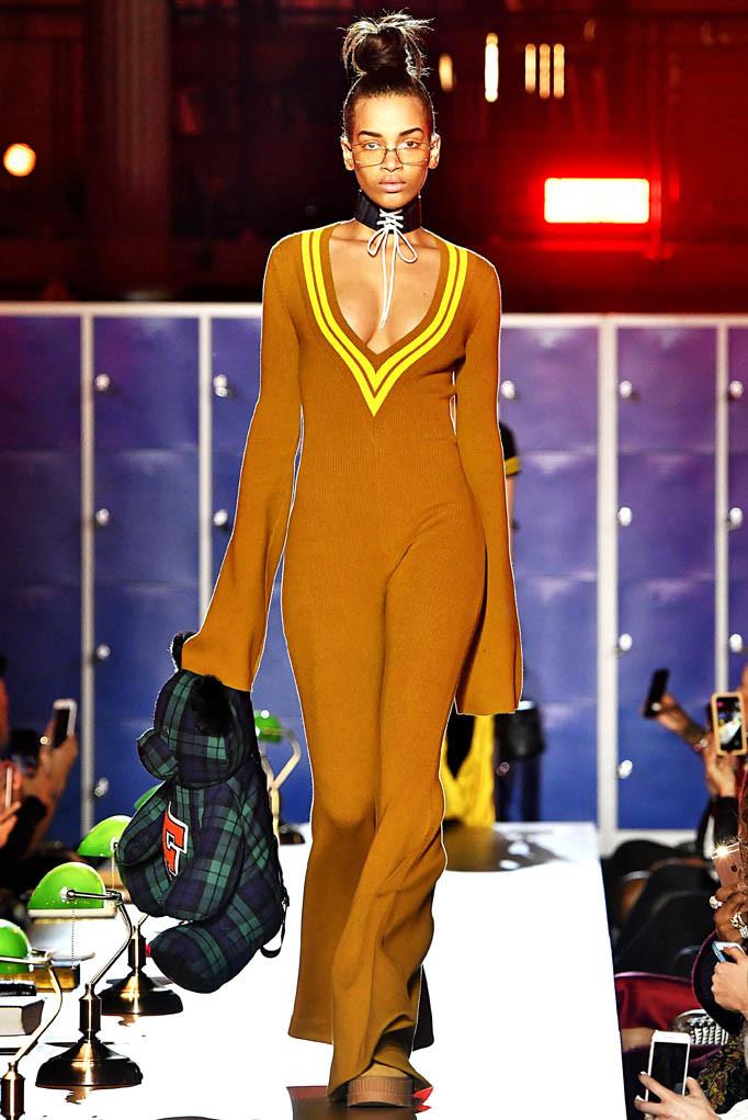 Fenty Paris Womenswear Fall Winter 2017 Paris March 2017