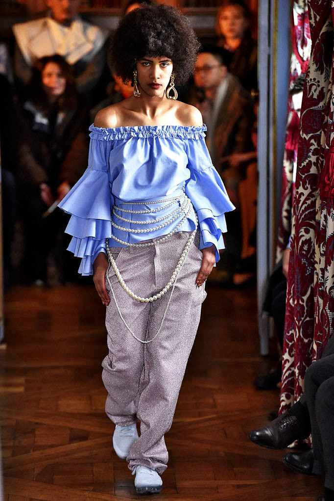 Jour Ne Paris Womenswear Fall Winter 2017  Paris March 2017