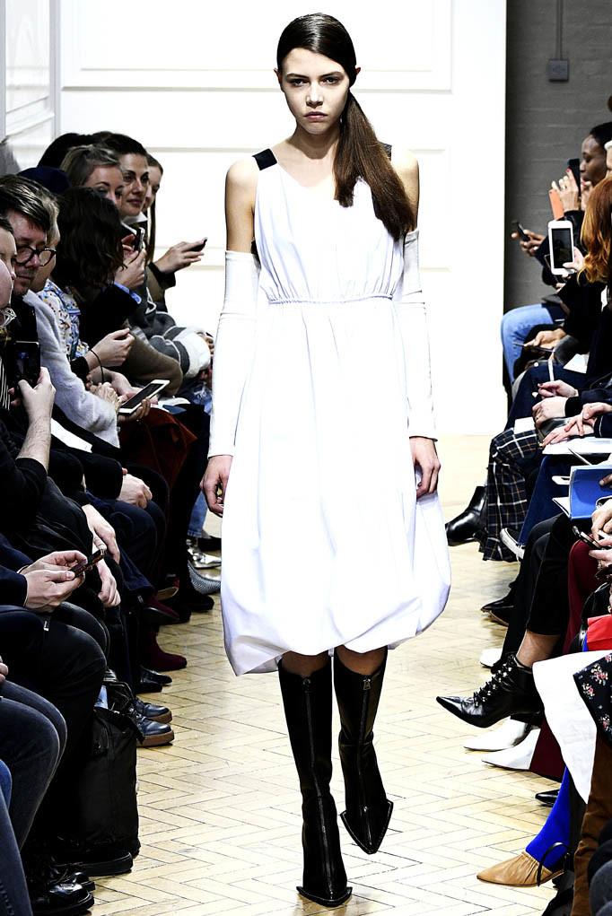 JW Anderson London Womenswear Fall Winter 17 London February 2017