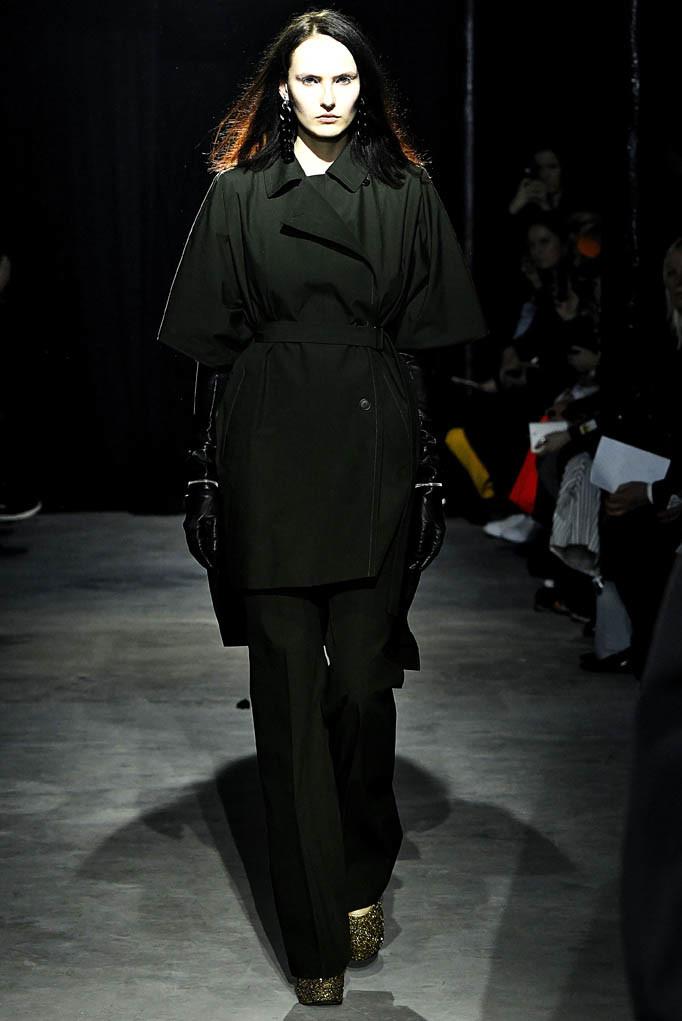 Lutz Huelle Paris Womenswear Fall Winter 2017 Paris March 2017