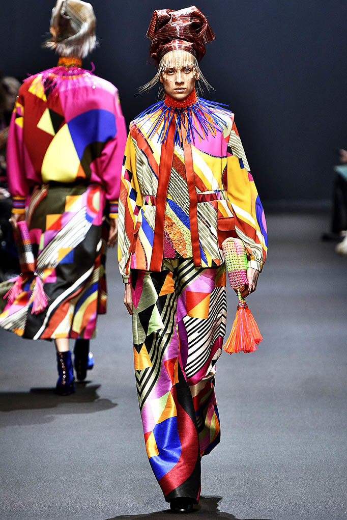 Manish Arora Paris Womenswear Fall Winter 2017  Paris March 2017