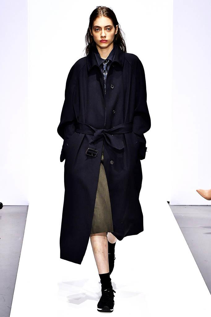 Margaret Hoewell London Womenswear Fall Winter 17 London February 2017