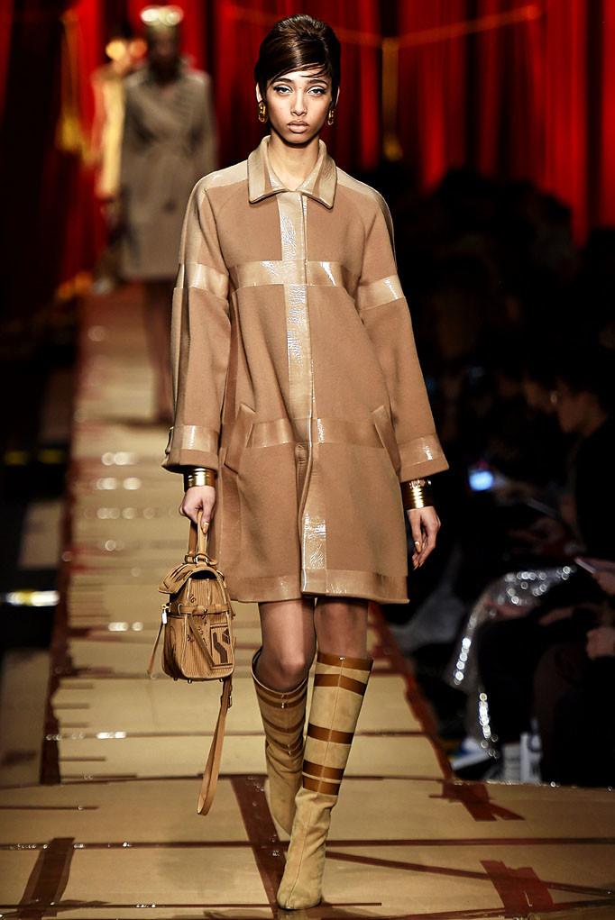 Moschino Milan Womenswear Fall Winter 2017 Milan February 2017