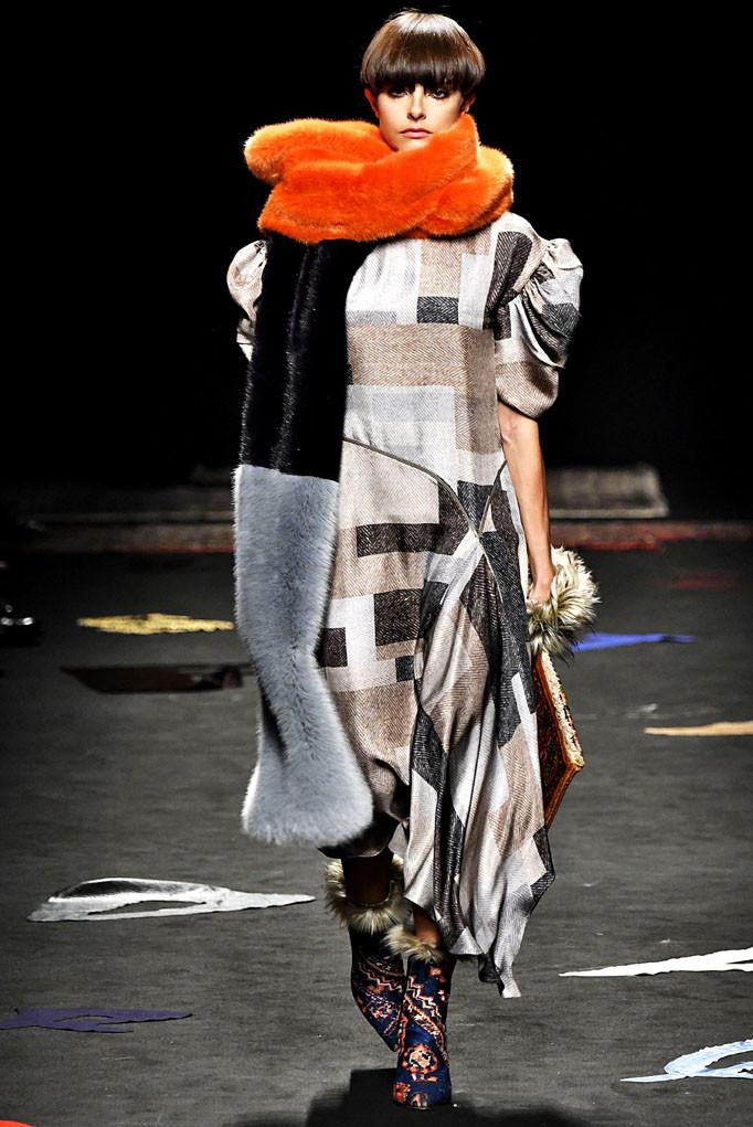 Maurizio Pecoraro Milan Womenswear Fall Winter 2017 Milan February 2017