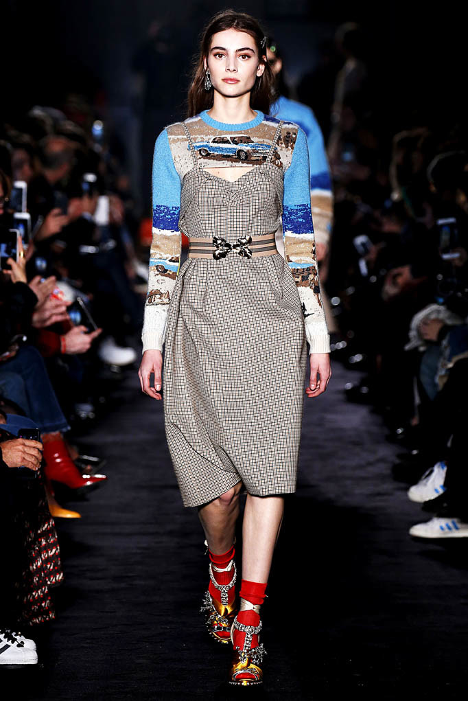 N21 Milan Womenswear Fall Winter 2017 Milan February 2017