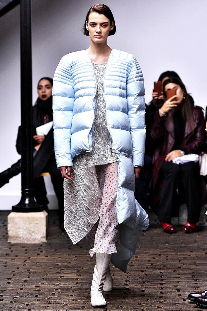 Nehera Paris Womenswear Fall Winter 2017 Paris March 2017