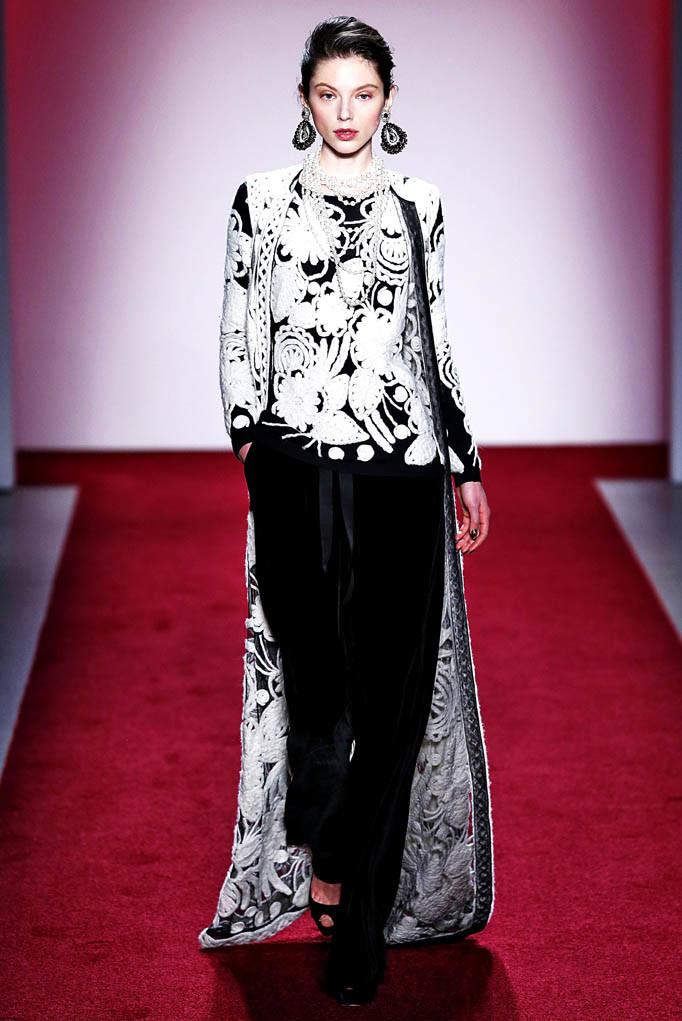 Naeem Khan New York Womenswear FW17 New York February 2017