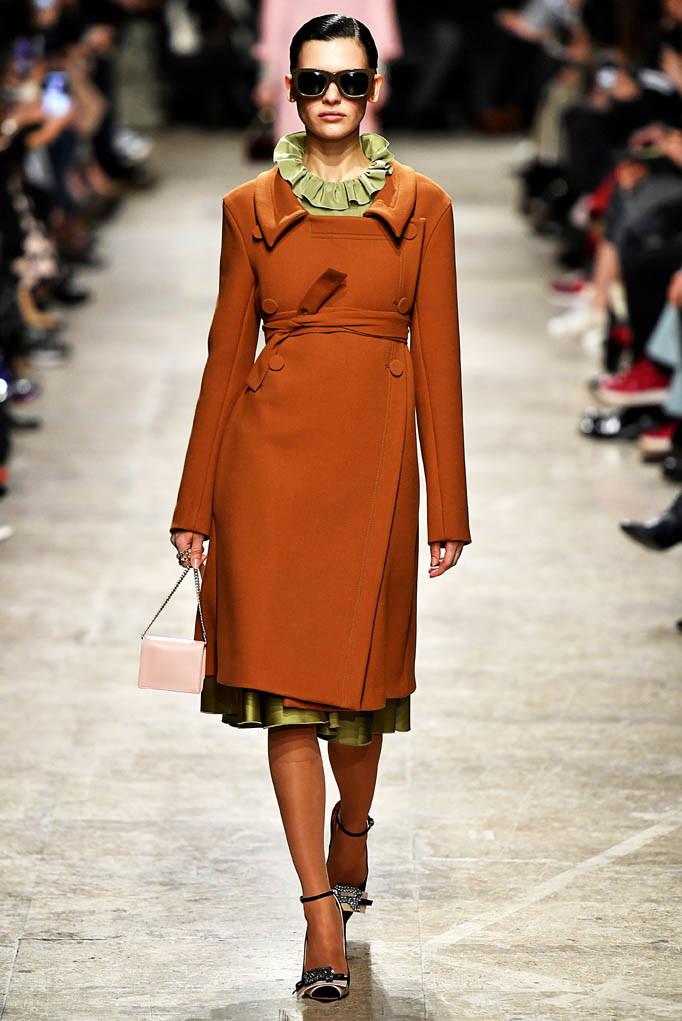 Rochas Paris Womenswear Fall Winter 2017  Paris March 2017