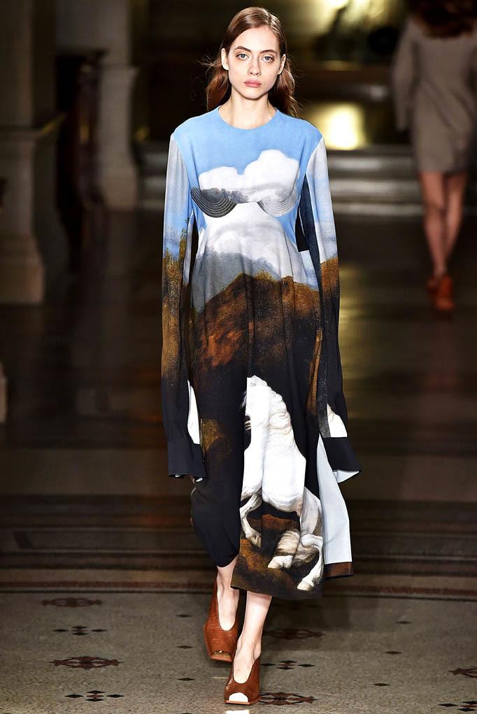 Stella McCartney Paris Womenswear Fall Winter 2017  Paris March 2017