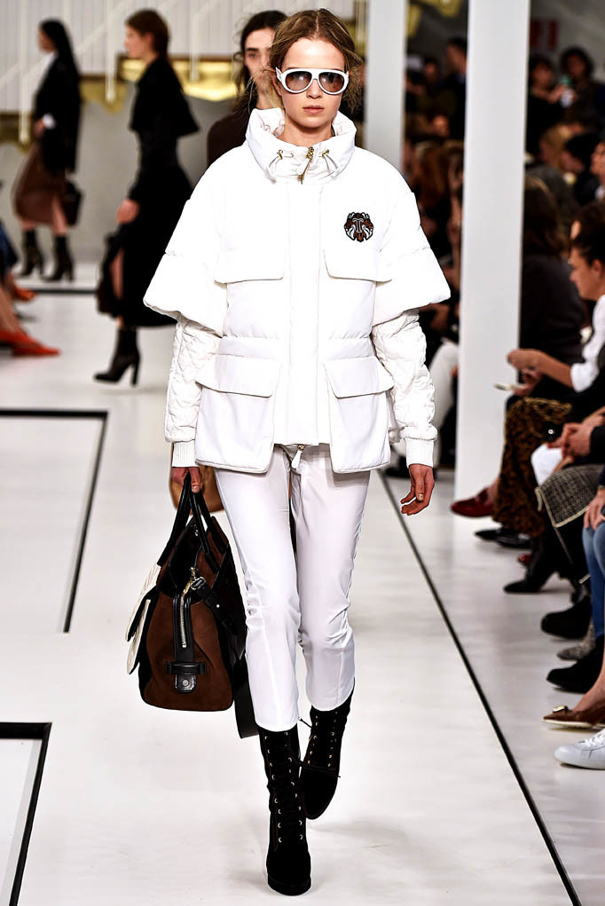 Tods show Milan Womenswear Fall Winter 2017 Milan February 2017