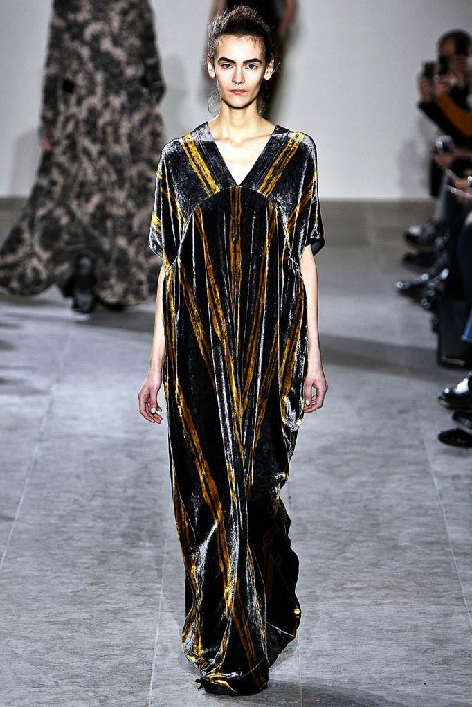 Uma Wang Paris Womenswear Fall Winter 2017 Paris March 2017