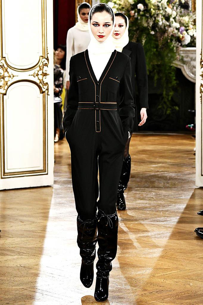 Vanessa Seward Paris Womenswear Fall Winter 2017  Paris March 2017