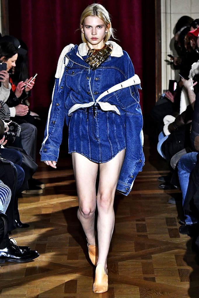 Y PRoject Paris Womenswear Fall Winter 2017 Paris March 2017