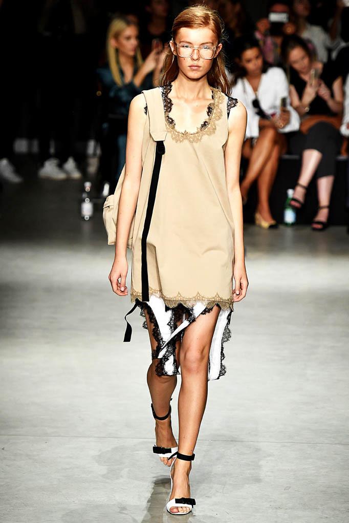 Au Jour Le Jour Milan Fashion Week Spring Summer 2018 Milan September 2017