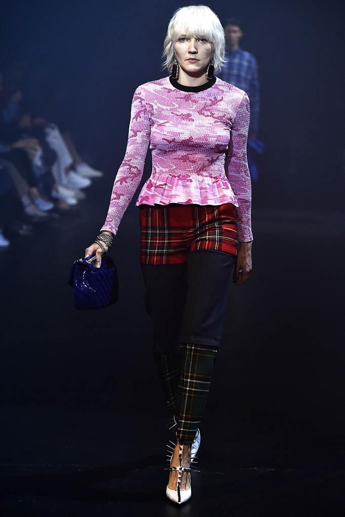 Balenciaga Paris Fashion Week Spring Summer 2018 Paris September/October 2017