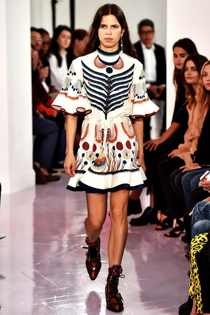 Chloe Paris Fashion Week Spring Summer 2018 Paris September/October 2017