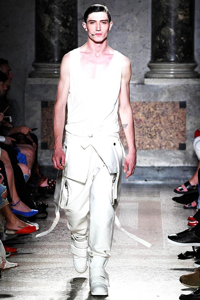 Les Hommes Milan Menswear Spring Summer 2018 Milan June 2017