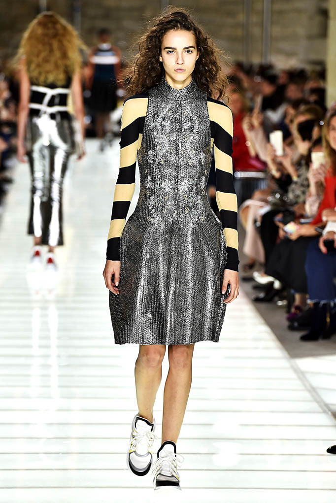Louis Vuitton Paris Fashion Week Spring Summer 2018 Paris September/October 2017