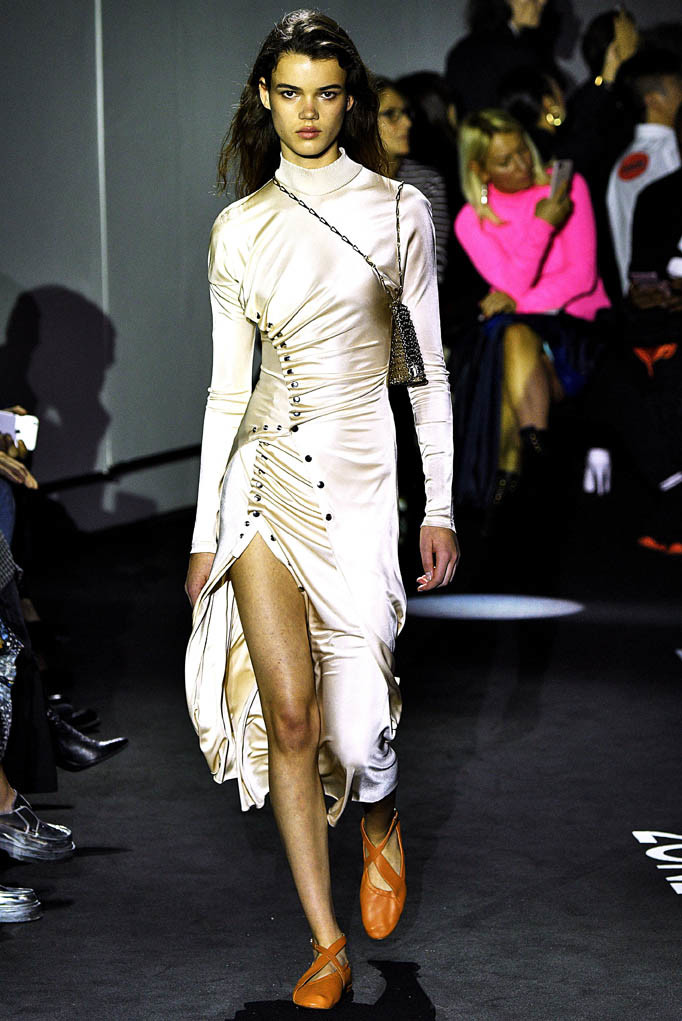 Paco Rabanne Paris Fashion Week Spring Summer 2018 Paris Sept-Oct 2017