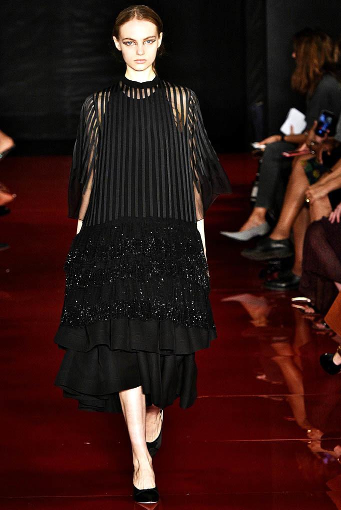 Rochas Paris Fashion Week Spring Summer 2018 Paris Sept-Oct 2017