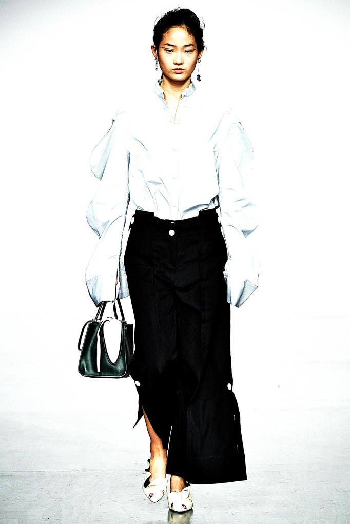 Edun Choi London Fashion Week Spring Summer 2018 London September 2017